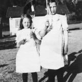 Agnes og Karen Moen, Dalsfoss 1921