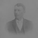 Thomas eldste sønn av Gurine og Abraham G. Sjølyst