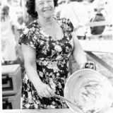 Mammy Tveitereid på Sannidal bygdetun under den tradisjonelle grautfesten