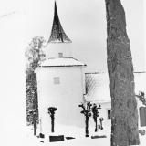 Sannidal kirke, vinter